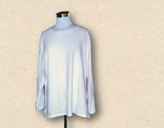 新品シンプルホワイト長袖Tシャツ6L大きいサイズ