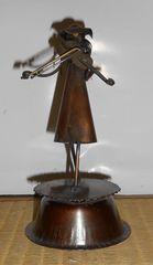 西洋アンティーク風銅製回転式ヴァイオリン少女オルゴール