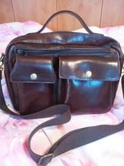 美品EDWIN!男女兼用で使える斜め掛け可能本革ショルダーバッグ