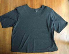 11号  濃いグレー  ブラウスTシャツ  ストレッチ有り