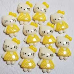 G☆ 10コ ☆ (黄色) ハート ワンピース キティ ☆ 約2.2cm ☆ デコパ