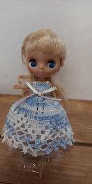 プチブライス水色×白のレース編みドレス