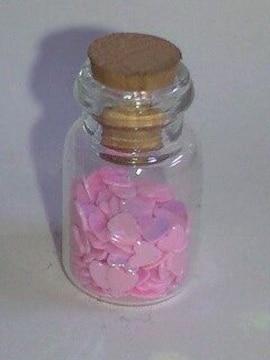 可愛いピンクハート型デザイン小瓶大量詰め込み