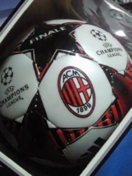 サッカー adidas アディダス セリエA ACミラン チャンピョンズリーグ デザイン ボール
