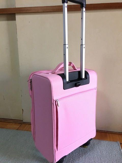 新品ピンクエミネントEMINENTスーツケースソフトキャリーケース < 女性ファッションの