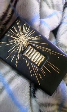 Diorシグネチャーアイ&リップパレット