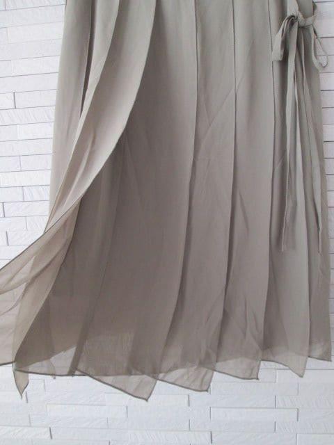 即決/万兵/シフォンプリーツロングスカート/オリーブ/W61 < 女性ファッションの