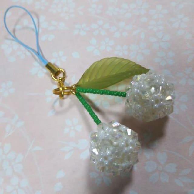 【handmade】白い・さくらんぼ < 女性ファッションの