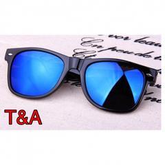 ウェリントン型 ミラーサングラス UV400紫外線カット 青色