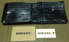 《DIESEL》二つ折り財布 ディーゼル ウォレット 財布 小物