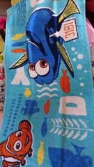 ニモ&ドリーのフェイスタオル!