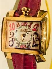 ガガミラノレディース時計ピンクレザーベルトゴールド電池式