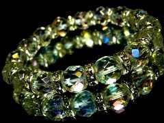 64面ダイヤカットレインボーオーラ水晶§10ミリ§銀ロンデル数珠