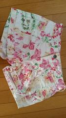 花柄のショートパンツ【Mサイズ】
