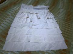 スペース レディース ブランド服 スカート イタリア製 白 膝丈40