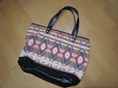 新品TMTネイティブ柄 レザー トートバッグ15AWポーチ付バッグ鞄