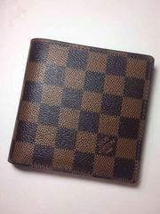 LouisVuittonダミエ二つ折り短財布