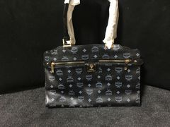 MCMのハンドバッグ