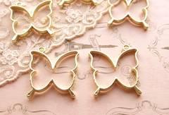 蝶レジン枠空枠2個ゴールド