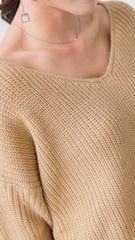 ☆新品☆薄手セクシー背中ねじり型Vドルマンスリーブセーター