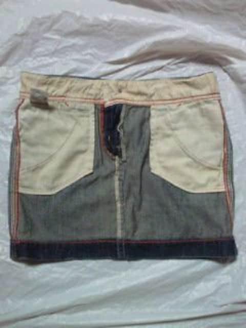 レディース Levi's リーバイス デニム ミニスカート スカート Mサイズ ブルー ボタン ポケット < ブランドの