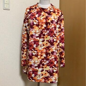 未使用品 LL 大きいサイズ 花柄 長袖カットソー