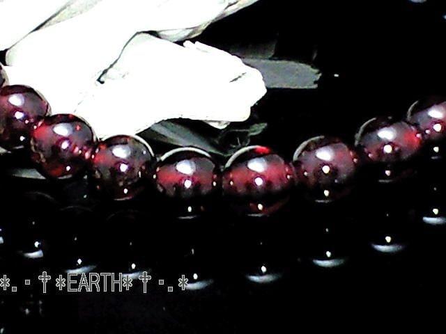天然石★6ミリ高級ガーネット柘榴石AAA数珠 < 女性アクセサリー/時計の