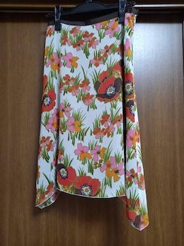 UNTITLED レトロ花柄スカート