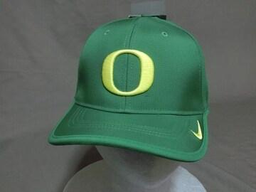 ナイキ製オレゴン大学ダックス【O】ロゴ刺繍ナイロンキャップ緑