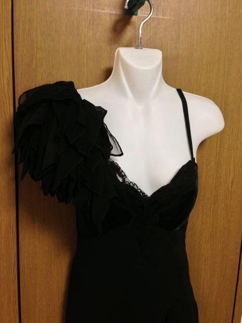 m�@Я】インポートKAREN MILLEN ドレスワンピース  XSサイズ シルク お呼ばれ < 女性ファッションの